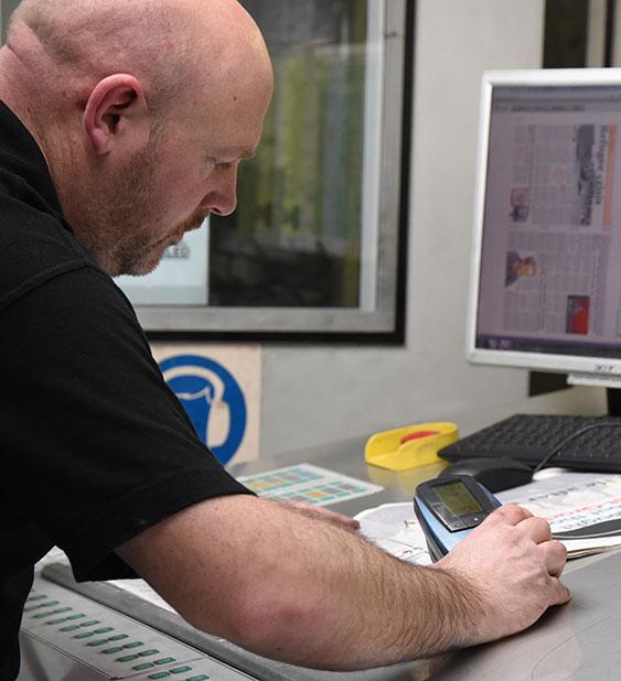 regional paper Regional newspaper meaning, definition, english dictionary, synonym, see also 'regionally',region',regionalism',regimental', reverso dictionary, english simple.
